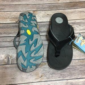 fe1b434952e4 Vionic Shoes - Vionic Orthaheel Bryce Sandals NWT